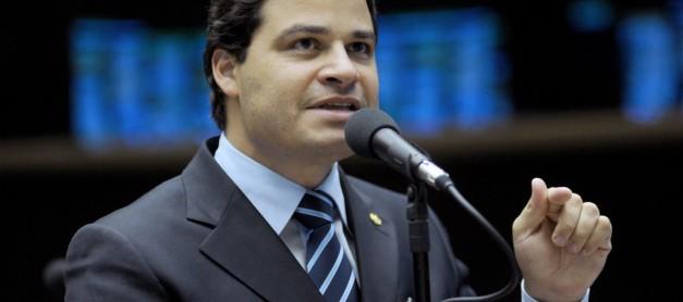 Sandro Alex pede que PGR e STF reconsiderem anistia dada para JBS