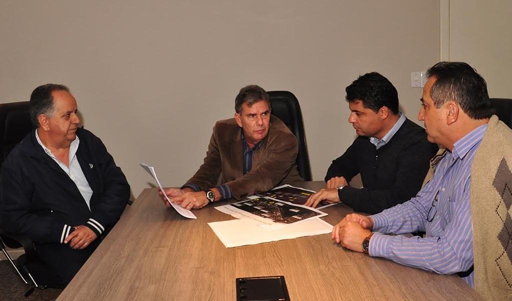 CCR e Prefeitura Souza Naves
