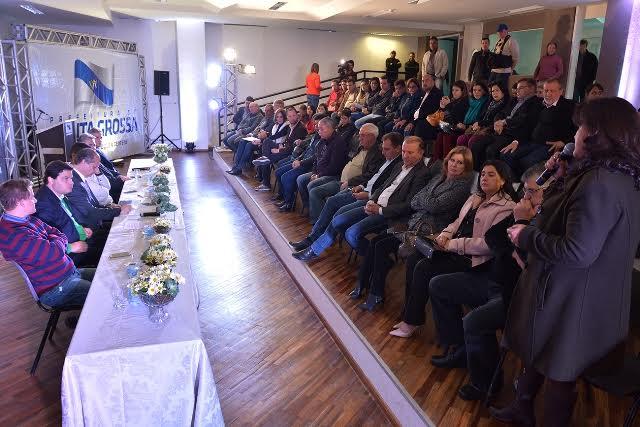 Ricardo Barros com prefeitos
