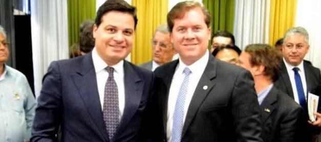 Sandro pede divulgação do Parque de Vila Velha ao ministro do Turismo e apoio para voos PG/SP
