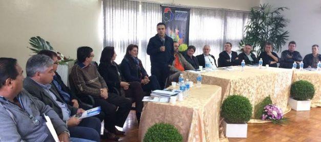 Aliel participa de reunião com prefeitos do Cantuquiriguaçu